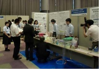 生徒活動成果発表会<展示の部>で天文物理部が最優秀賞を受賞しました。